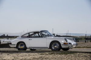 1965 Porsche 911  -  2,0l Coupé - One of the first
