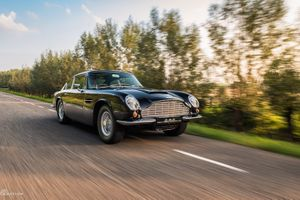 1969 Aston Martin DB6  - VERY RARE MKII LATE-PRODUCTION EXAMPLE