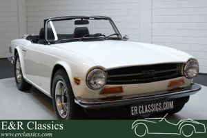 1973 Triumph TR6  - Cabriolet 1973 Old English White