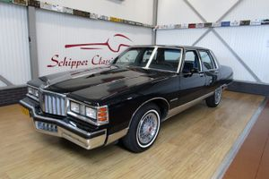 1980 Pontiac Bonneville  - V8 Sedan Second Owner 19.000ML