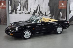 199 Alfa Romeo Spider  - 2.0  First owner