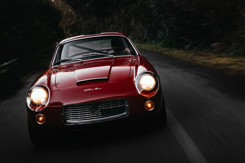 A Painstaking Restoration Saved This Gorgeous 1960 Lancia Flaminia Sport Zagato