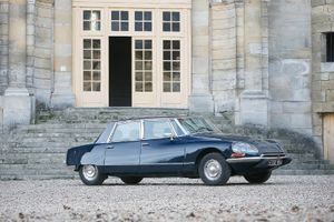 Aguttes celebrates 100 years of Citroën with huge anniversary auction