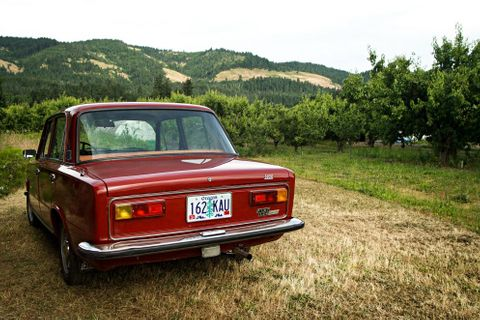An Italian People's Car Discovers the Oregon Trail