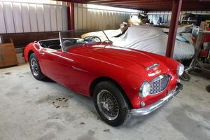 AUSTIN-HEALEY - 3000 - BT7 - Rouge
