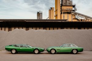 Be the envy of your neighbours with these glorious green Lamborghini GTs