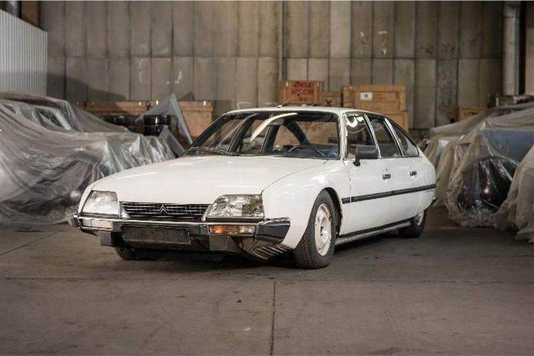 Citroen to auction 65 cars from collection