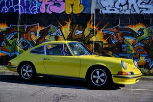 Desirable Porsche 911 2.4 S 1973 Sonauto, like new