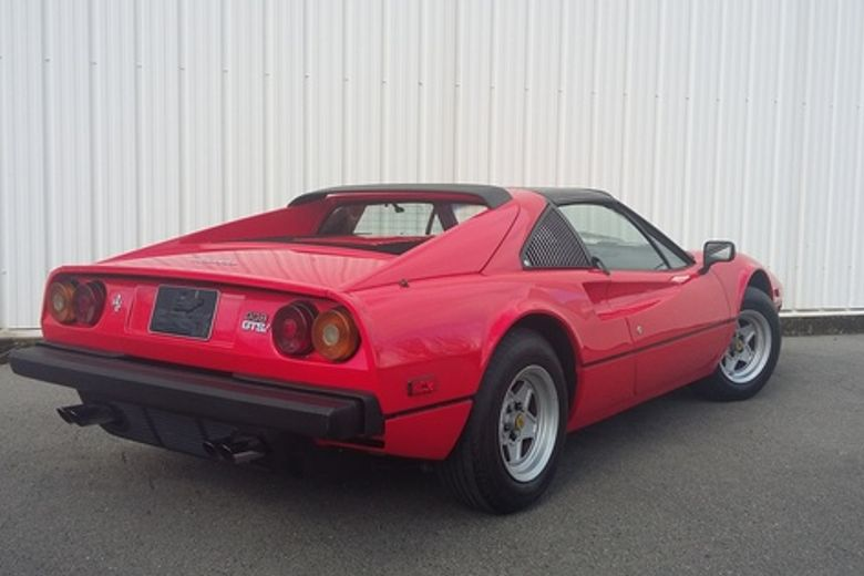 ferrari 308 gts 1980 voiture de collection vendre. Black Bedroom Furniture Sets. Home Design Ideas