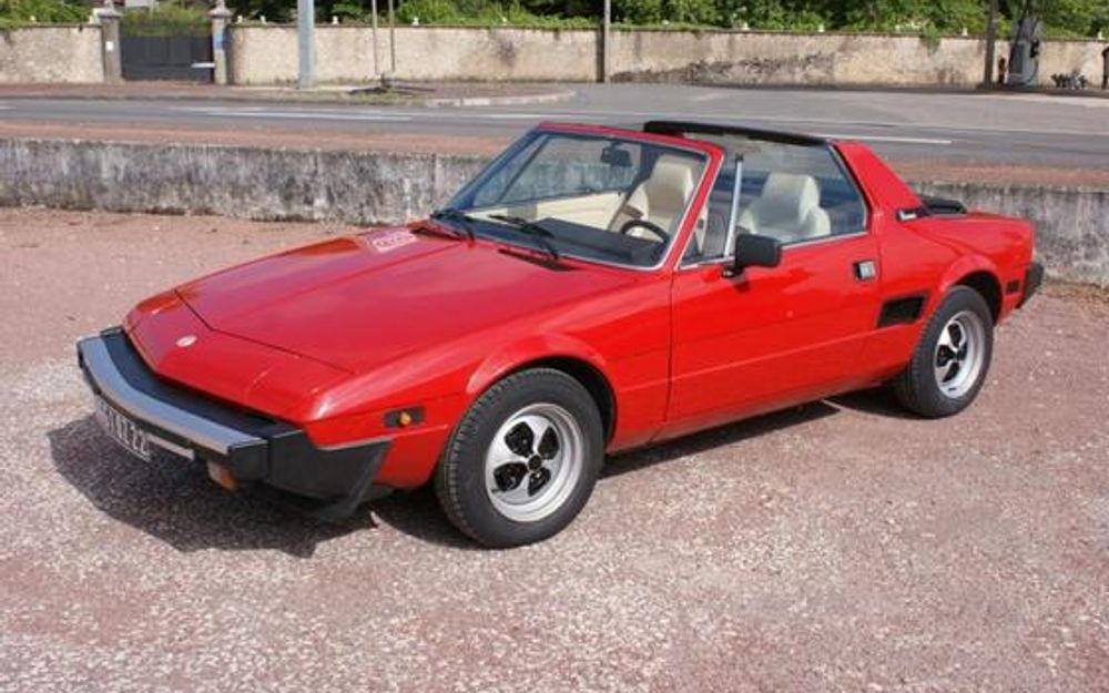 fiat bertone x1 9 1979 voiture de collection vendre. Black Bedroom Furniture Sets. Home Design Ideas