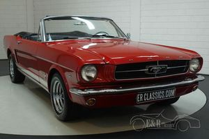 Ford Mustang cabriolet 1965 Rangoon Red