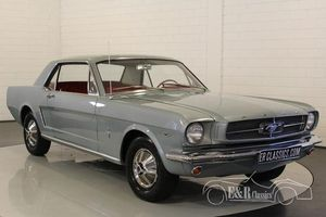 Ford Mustang V8 4 barrel coupe 1964-1/2