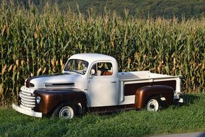FORD - Pick-up - F2 - V8 - 1950