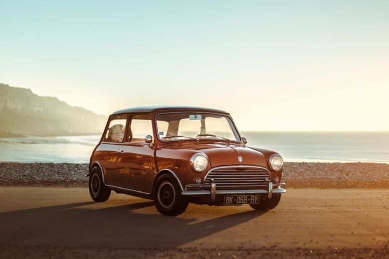 GALLERY: Behind The Scenes On Our 1975 Austin Mini Film Shoot