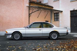 Italian Rendezvous: BMW E24 And E30 Squeeze One More Road Trip Out Of Autumn