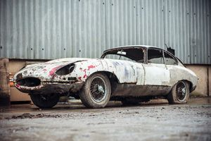 Jaguar E-type barn find estimated at £38-£44k