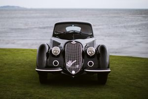 Pebble Beach-winning Alfa Romeo 8C 2.9 voted 'Best of the Best' in Paris