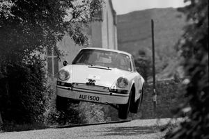 Porsche 911 2.7 Carrera RS Lightweight rally car up for sale