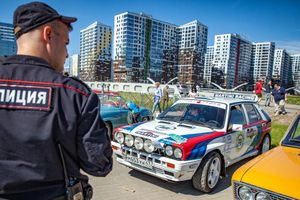 Rally Leningrad Pits Classic Cars Against The City Of St. Petersburg For The First Time