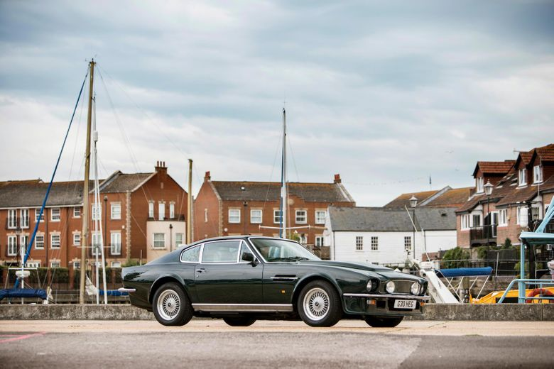 1989 Aston Martin V8 Vantage X Pack Sports Saloon Vintage Car For Sale
