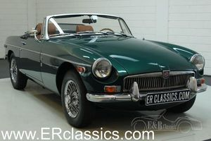 MGB cabriolet 1976 Overdrive, roues rayons chromes