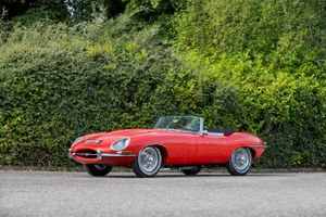 1961 Jaguar E-Type Series 1 'Flat Floor' 3.8-Litre Roadster