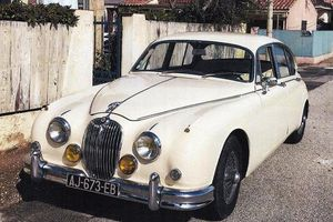 JAGUAR Mark 2 - 3
