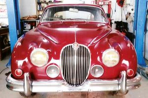 JAGUAR Mark 2 - 2