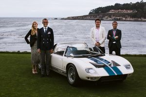 Showing a Ford GT40 Roadster at Pebble Beach with Girardo & Co.