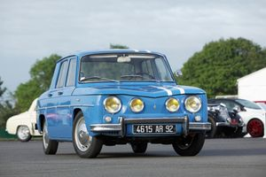 Team of Renault 8 Gordinis entered in 2017 Rallye Monte-Carlo Historique