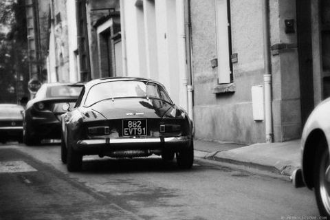 The Alpine A110 Is at Home in the French Countryside
