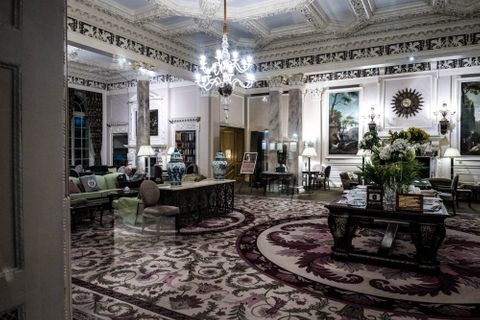 The Royal Automobile Club Is The Kind Of 'Hotel' That Parks An Aston Martin DB4 GT Next To Reception