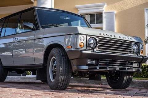 There's more than meets the eye to this restomod Range Rover