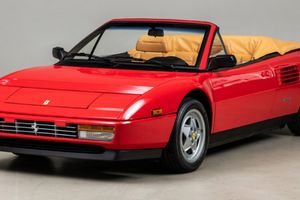 This 584-Mile Mondial T Cabriolet May Just Be The Perfect Family-Friendly Ferrari