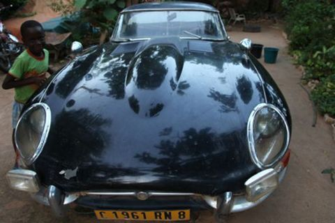 This barn find Jaguar E-type from Africa has got many stories to tell