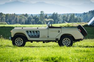 This Frankenstein Landy was built for the modern-day Lawrence of Arabia