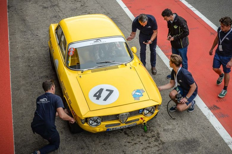 This Is What It's Like To Join An Alfa Romeo GTA Race Team For A Weekend At The Track