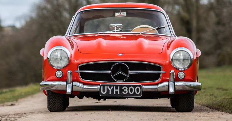 This Mercedes 300SL Was Once Owned By Lotus F1's Peter Warr (And You Can See It At The Petrolicious Drivers' Meeting)