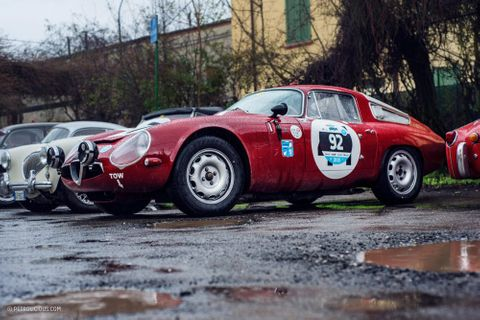 Tube-Frame Alfas And Lancia Stratos Don't Mind Racing In The Rain At The Trofeo Foresti