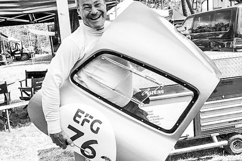 What It's Like To Take On Le Mans With A Pair Of Race-Prepped Gullwings