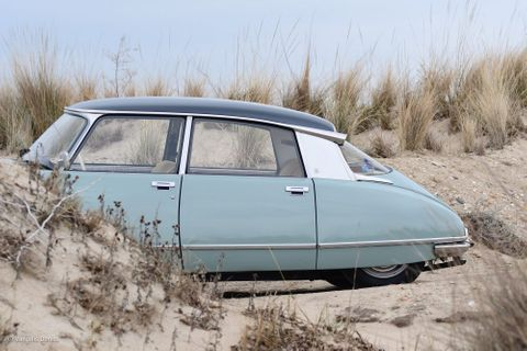 Why The Citroën DS Is Still The Ultimate Luxury Car