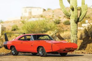 Worldwide Auctioneers brings the evolution of the supercar to Arizona